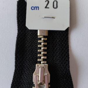 Metalliketju_20_cm_kiintea_4mm_nikl_
