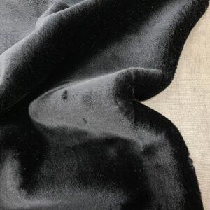 Musta_keinoturkis_155cm